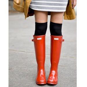 🆕 HUNTER tall orange gloss boots- size 7